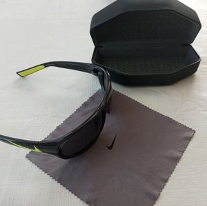 Like New Nike Mercurial8.0 EV0781 Adult Sunglasses